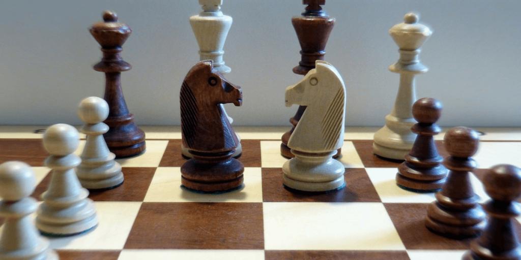 Empfohlene Beitragsbilder 6 Möglichkeiten wie Schach Sie beim Fußball verbessern kann Schneller denken 1024x512 - 6 Wege Schach kann Sie besser im Fußball machen