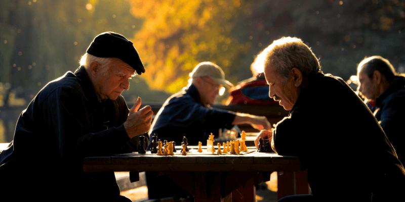 Empfohlene Beitragsbilder 6 Tipps wie man im Schach besser wird Lerne alle Bewegungen - 6 Tipps, wie man beim Schach besser ist